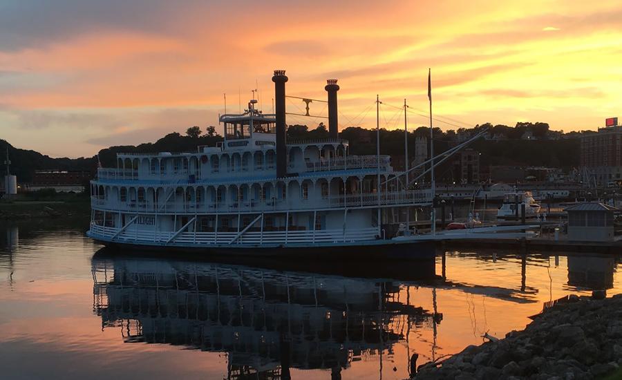 Twilight Riverboat Cruise